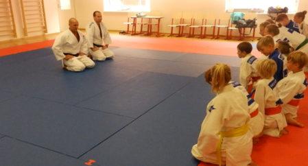 Uus tatami toob uue hingamise Pärnu Waldorfkooli judolastele