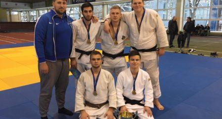 Noortele Leedust võistkondlik 1. koht